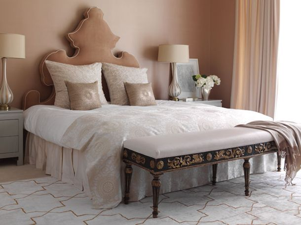 beige-glamorous-luxurious-bedroom-2